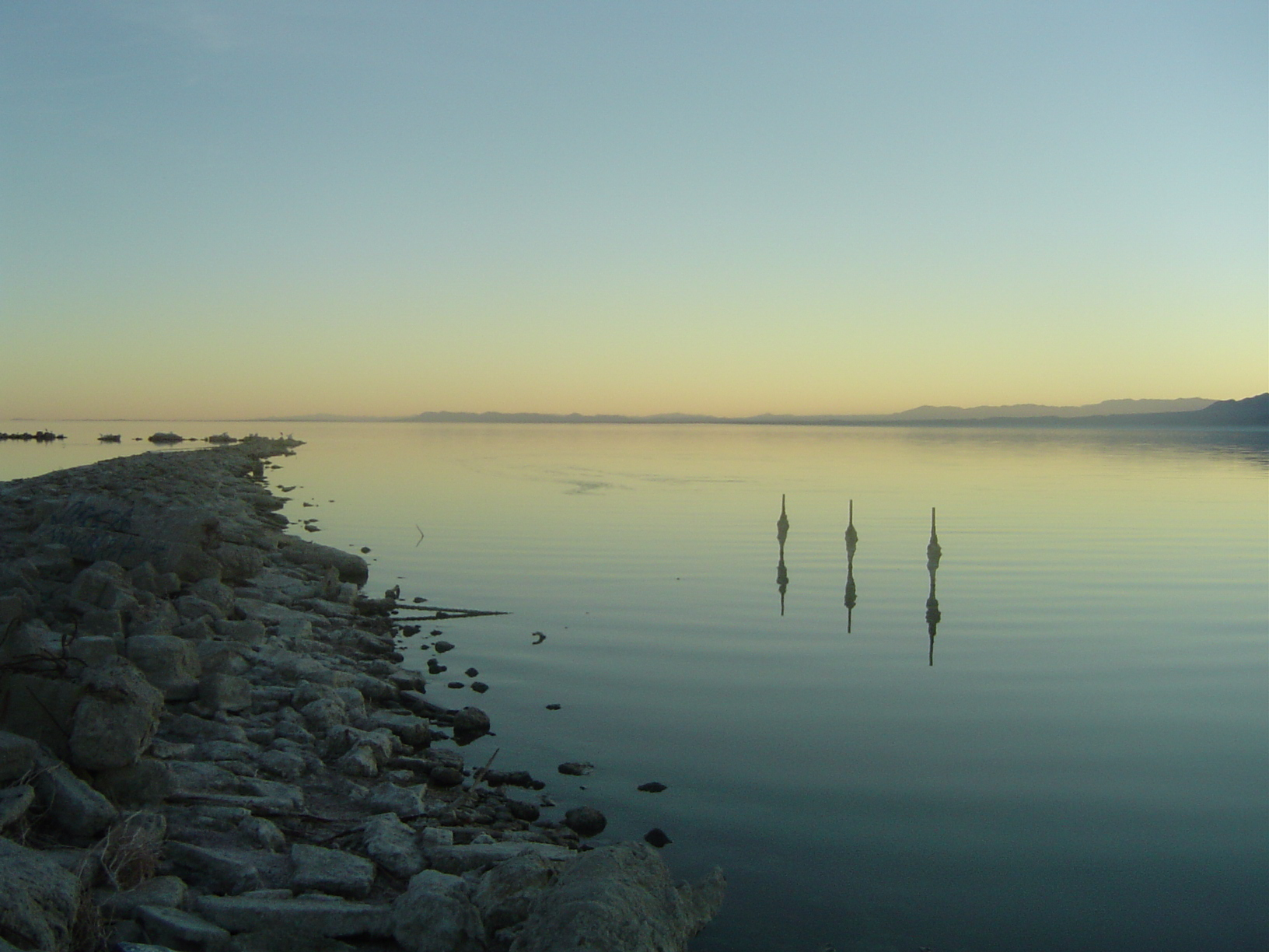 Sunset_of_salton_sea